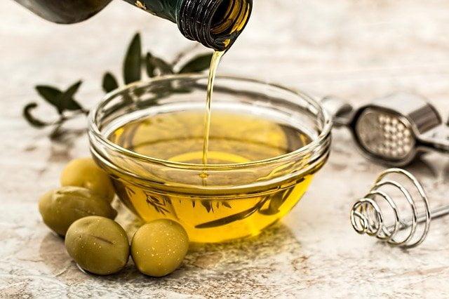 oliwa z oliwek na rzesy