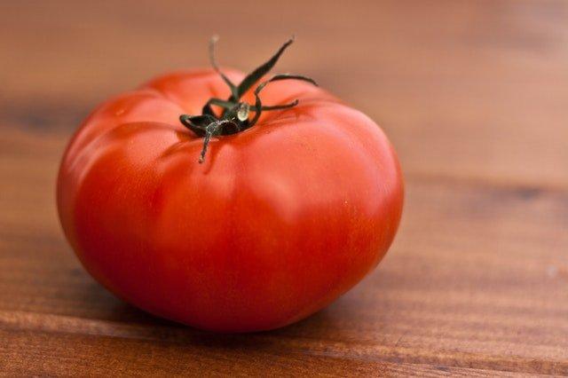 pomidor warzywa niskoweglowodanowe